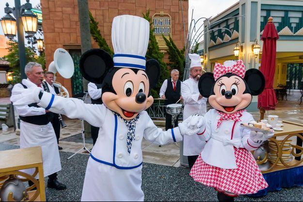 Mickey et Minnie étaient présents pour l'inauguration de la deuxième édition du Rendez-Vous Gourmand à Disneyland Paris.
