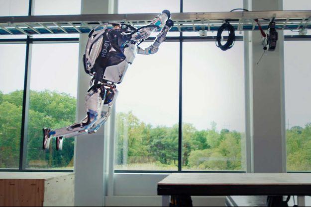 Le robot Atlas en action.