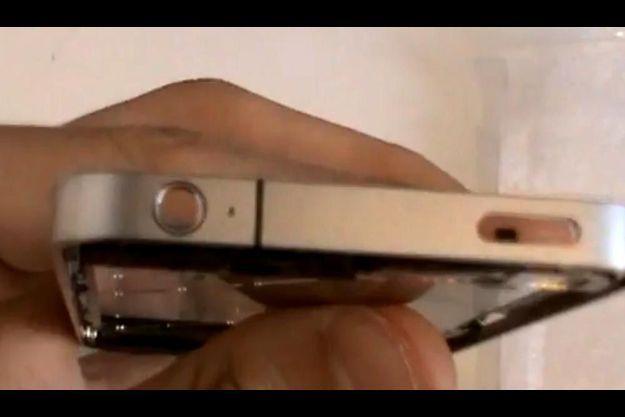 Le chassis présumé du nouvel iPhone 4G.