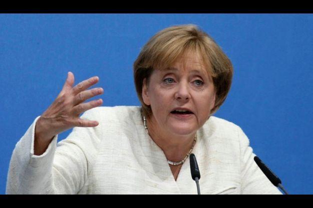 Merkel a rejoint la fronde contre la numérisation du livre sur le Web.
