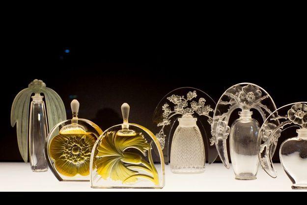 Parmi les trésors du musée, des flacons en verre, datés de 1912 à 1919. Une collection inestimable rassemblée par le P-DG de Lalique, Silvio Denz.