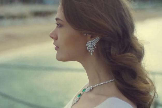 Image du magnifique clip célébrant la collection anniversaire.
