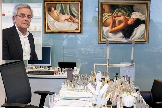 Le bureau parfumé de François Demachy (en médaillon).