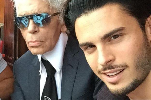 Avec Karl Lagerfeld, en 2015.