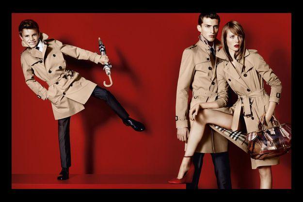 La campagne Burberry Printemps-Eté 2013 avec Romeo Beckham.
