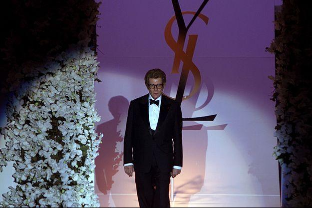 Yves Saint Laurent ici à Paris en 2002.