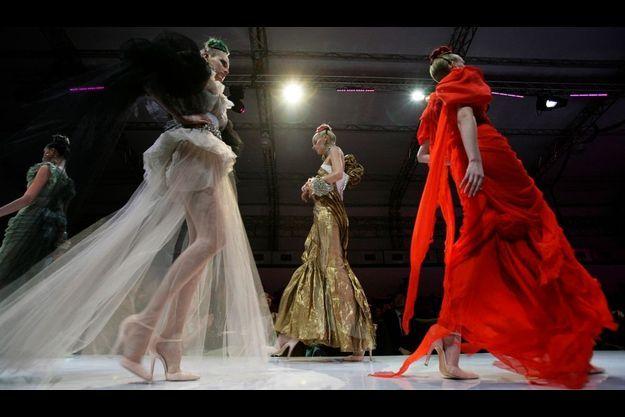 Le défilé Haute Couture printemps/été 2009 de la Maison Christian Lacroix