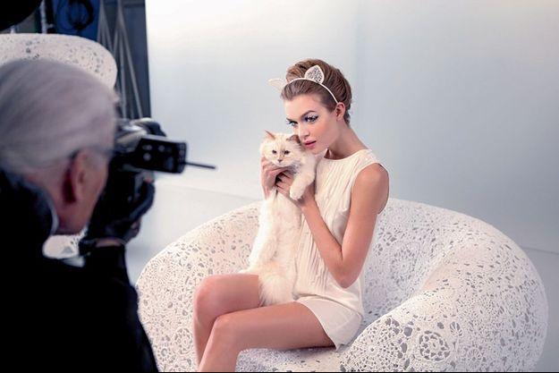 Choupette et sa nouvelle amie sous l'objectif de Karl Lagerfeld.