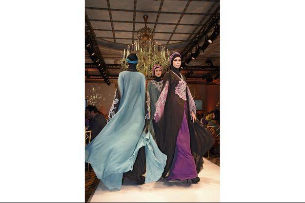 Fondé en Malaisie en 2006, l'Islamic Fashion Festival a connu sa première édition à Paris en 2013, avec des créateurs de tous pays. Un mélange d'audace et de tradition.