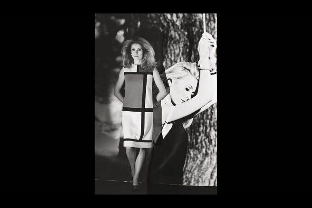 « Il faut cesser de considérer un vêtement comme une sculpture, mais le regarder au contraire comme mobile. La mode était raide, il a fallu la faire bouger. »