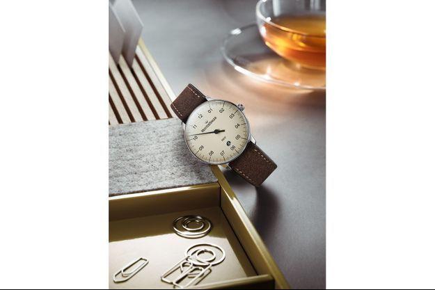 Depuis cet été, la maison horlogère MeisterSinger est présente dans les célèbres enseignes parisiennes