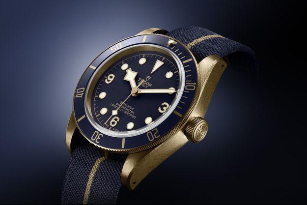 La collection iconique Bucherer Blue Editions accueille sa première montre de plongée : la Tudor Heritage Black Bay Bronze Blue.