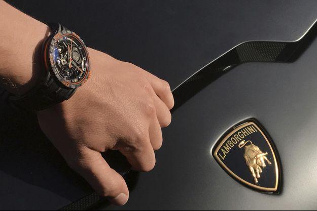 Naissance d'un nouveau calibre inspiré du moteur de l'Aventador S et de la nouvelle Huracán Super Trofeo EVO