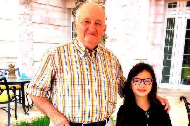 Robert, 90 ans, et Clémentine, 8 ans.