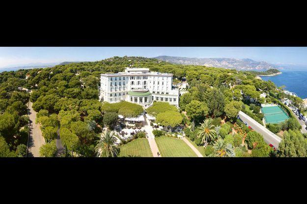 Un choix incontesté, celui-làLe Grand-Hôtel du Cap-Ferrat, fleuron de la Côte d'Azur, désormais l'un des 8 « palaces » français