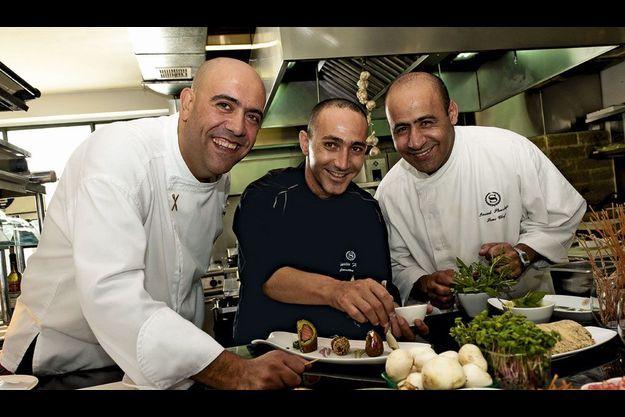 A Jérusalem, Johnny, Charlie et Imad. Trois confessions dans un même repas.