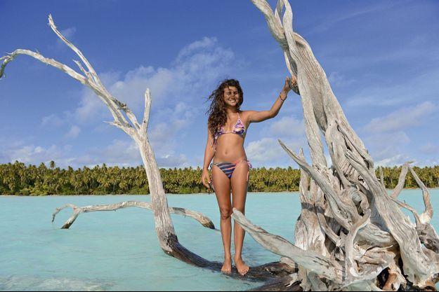 Tumi, la petite-fille de Marlon Brando sur une des plus belles îles au monde en Polynésie, The Brando.