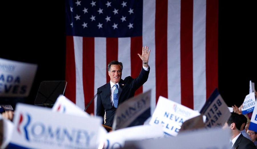 Le candidat à l'investiture républicaine l'a emporté comme attendu dans le Nevada. Mitt Romney profite d'une dynamique favorable, mais son principal rival Newt Gingrich promet de se battre jusqu'au bout.