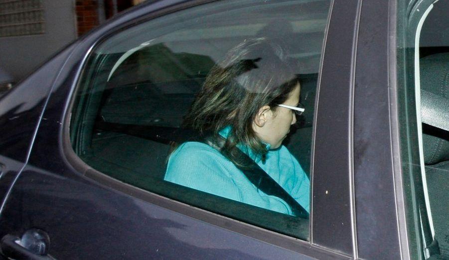 La mère de Typhaine, qui a avoué que sa fillette de cinq ans était morte, a été déférée dans l'après-midi au parquet de Valenciennes.