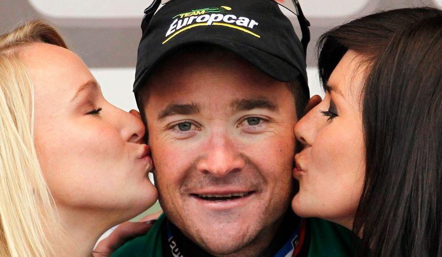 Trois jours après la deuxième place de Sébastien Turgot dans Paris-Roubaix, l'équipe Europcar s'est à nouveau illustrée ce mercredi avec la victoire de Thomas Voeckler sur la Flèche brabançonne. Huitième du Tour des Flandres il y a dix jours, l'Alsacien a construit son premier succès de la saison en solitaire, sous une pluie battante, en faussant compagnie à ses poursuivants à plus de 30 kilomètres de l'arrivée. Il succède au palmarès à Philippe Gilbert et devient le troisième Français à remporter cette semi-classique après Sylvain Chavanel en 2008 et Anthony Geslin en 2009. Oscar Freire (Katusha) et Pieter Serry (Topsport-Vlaanderen) ont complété le podium.