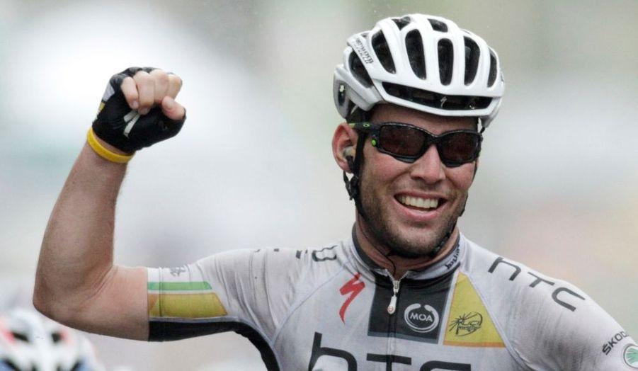 Le Britannique Mark Cavendish a remporté au sprint la 11e étape du Tour de France, mercredi à Lavaur. Le coureur du team HTC a devancé André Greipel sur la ligne d'arrivée pour empocher sa troisième victoire d'étape sur cette 98e édition et son 18e succès sur la Grande Boucle. Le Français Thomas Voeckler (Europcar) conserve le maillot jaune de leader.