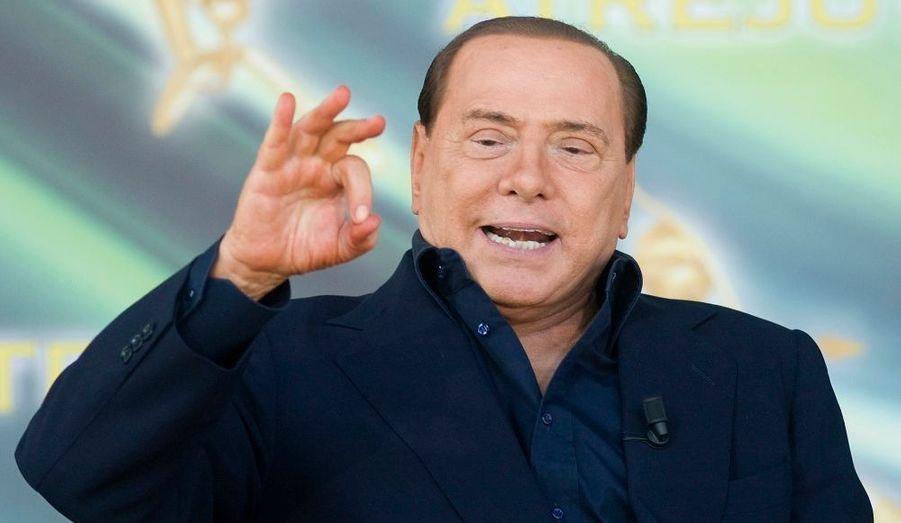 Silvio Berlusconi s'est de nouveau illustré par des propos jugés tendancieux. Le président du Conseil italien s'est en effet laissé aller à une petite blague sur… Hitler.