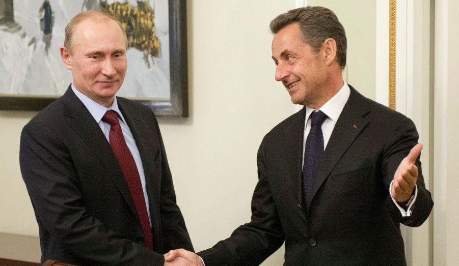 Le président russe Vladimir Poutine et Nicolas Sarkozy lors d'une rencontre à la résidence de Novo-Ogaryovo. L'ancien chef de l'État est en Russie pour donner une conférence.