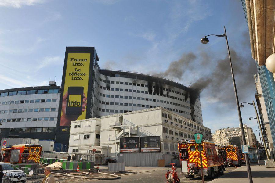 Radio France dévastée par les flammes