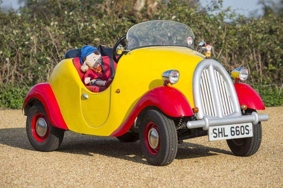 La voiture de Oui-Oui deGeoffrey Hearn sera bientôt vendue aux enchères.