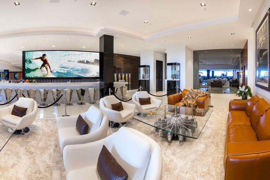 16 Lounge2 300DP3I