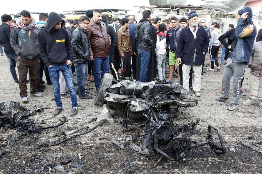 Un attentat suicide a fait au moins 32 victimes à Bagdad, lundi 2 janvier 2017.