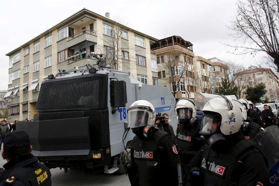 A Istanbul, le Nouvel an kurde émaillé de violences