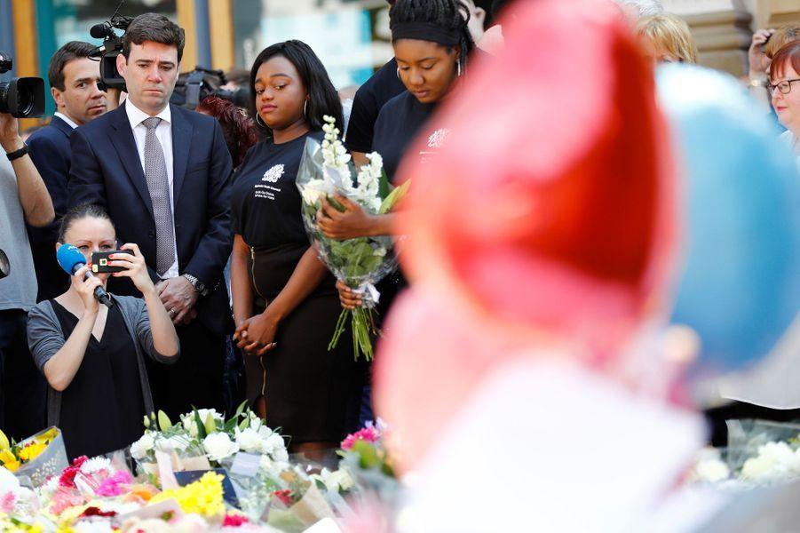 Une minute de silence a été respectée en Grande-Bretagne.