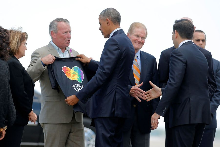 A Orlando, Obama rend hommage aux victimes