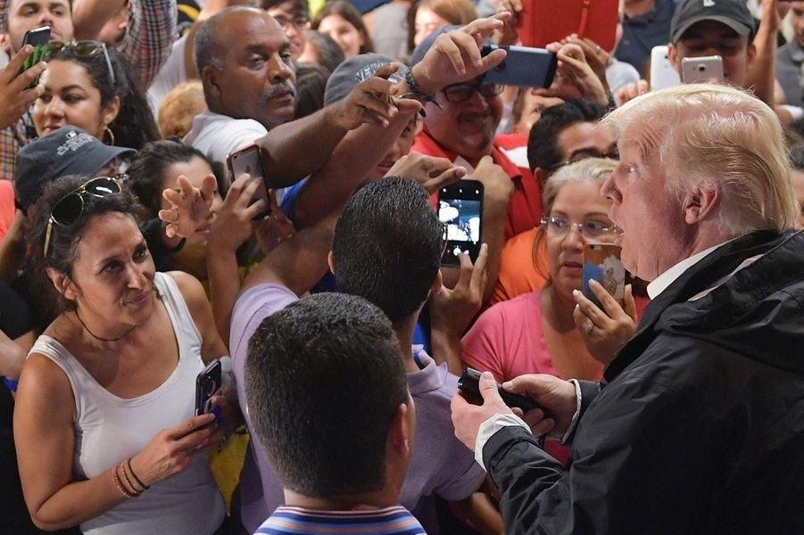 Donald Trump à Porto Rico, le 3 octobre 2017.