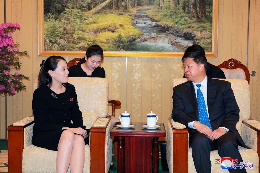Kim Jong-un a reçu à Pyongyang Song Tao, qui dirige ledépartement international du comité central du Parti communiste chinois.