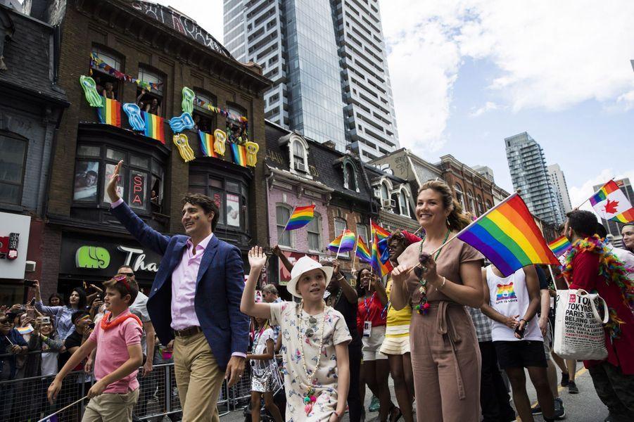 Justin Trudeau à la marche des fiertés de Toronto, le 25 juin 2017.