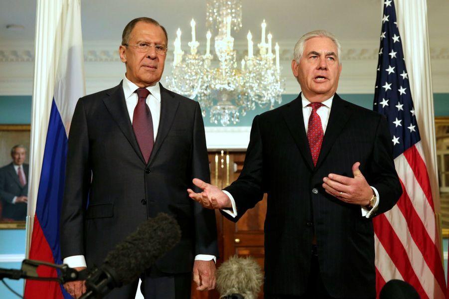 Sergueï Lavrov et Rex Tillerson à Washington, le 10 mai 2017.