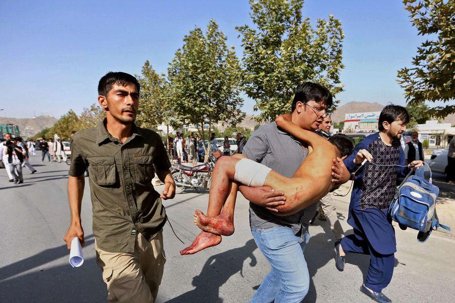 Explosion meurtrière en plein coeur de Kaboul, le 23 juillet 2016.