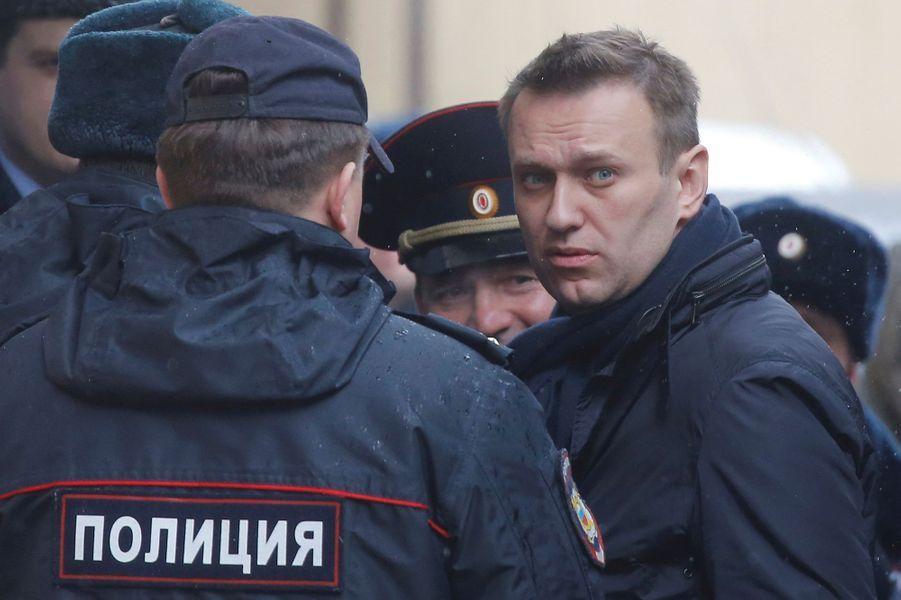 Alexeï Navalny arrivant au tribunal de Moscou, le 27 mars 2017.