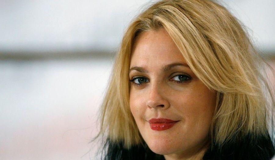 Drew Barrymore, l'actrice d'ET, l'extraterrestre, est ambassadrice auprès de l'ONU contre la faim.