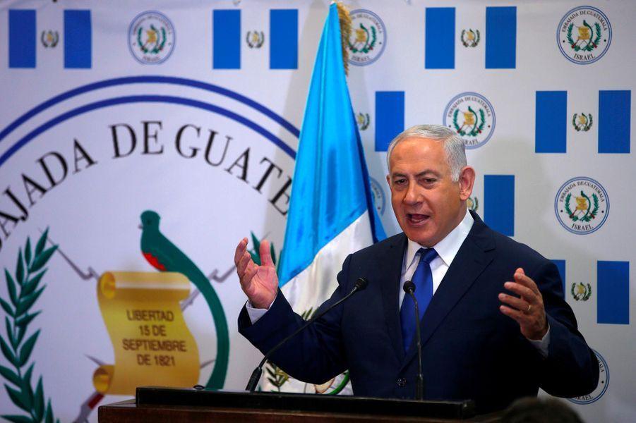 Le Premier ministre israélien Benjamin Netanyahou à l'ambassade guatémaltèque, le 16 mai 2018.