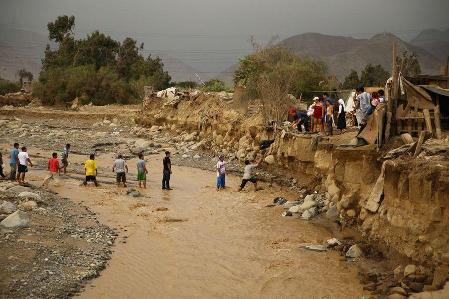 Le Pérou endeuillé par de violentes pluies.