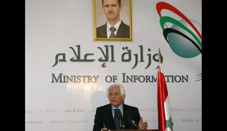 Le ministre de l'Information depuis 2006 préside à la censure des médias et d'Internet. Il est l'un des hommes-clé de la guerre de l'information que livre la dictature en parallèle de la répression.