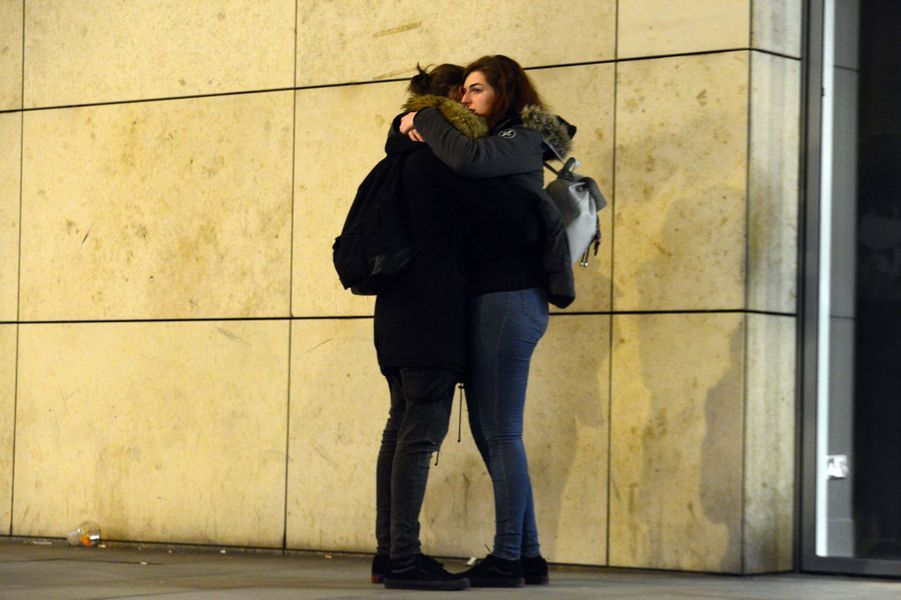 Les fans d'Ariana Grande sont sous le choc aprèsl'attaque qui a fait des dizaines de morts.