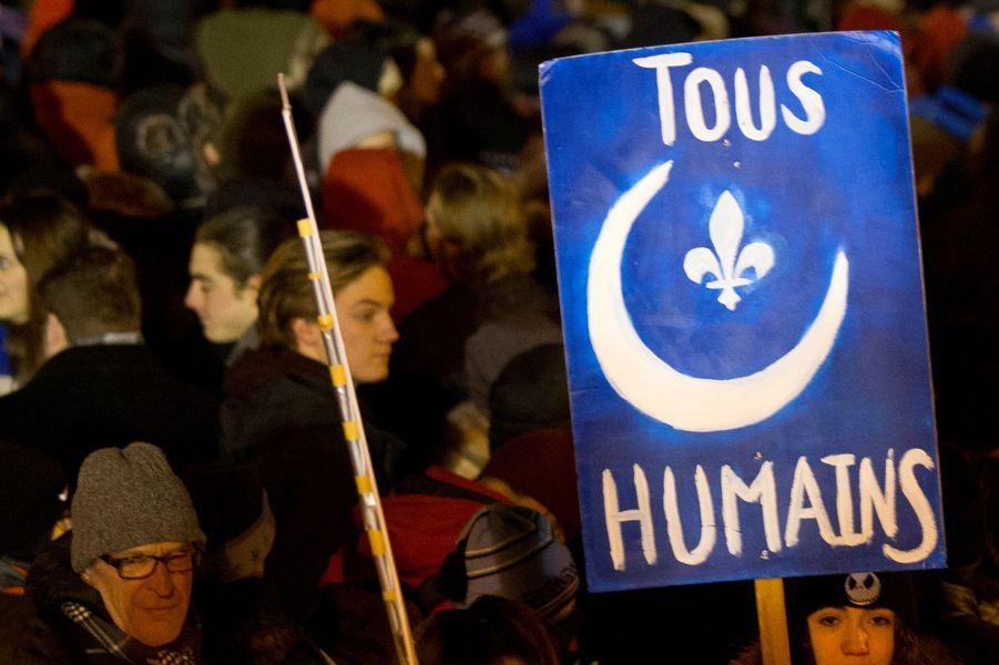 Les Canadiens s'unissent pour la tolérance.