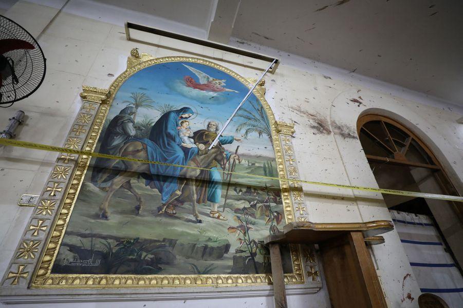 Deux attentats à la bombe revendiqués par le groupe Etat islamique ont fait 44 morts dimanche dans des églises coptes en Egypte. Ici, à Tanta.