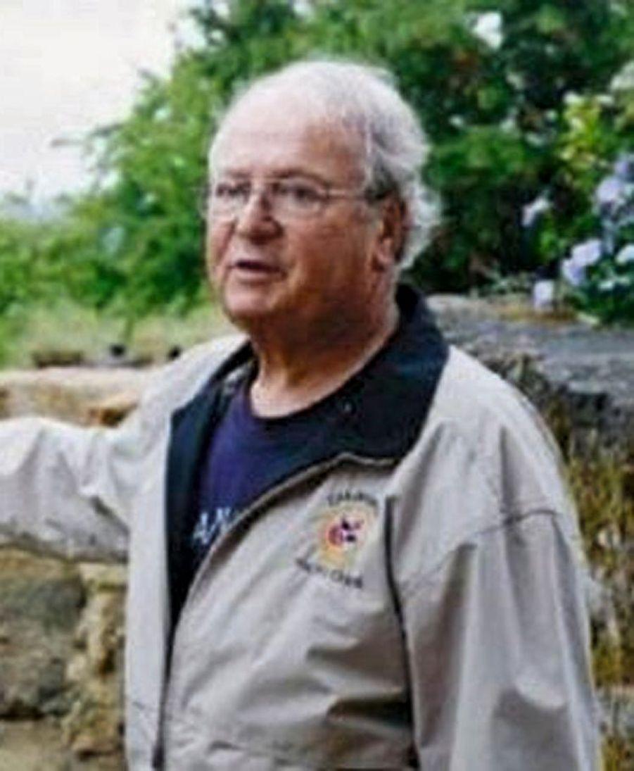 André Adam, 79 ans, Franco-Belge. Ancien diplomate, il est tué en protégeant sa femme, grièvement blessée. (Aéroport.)