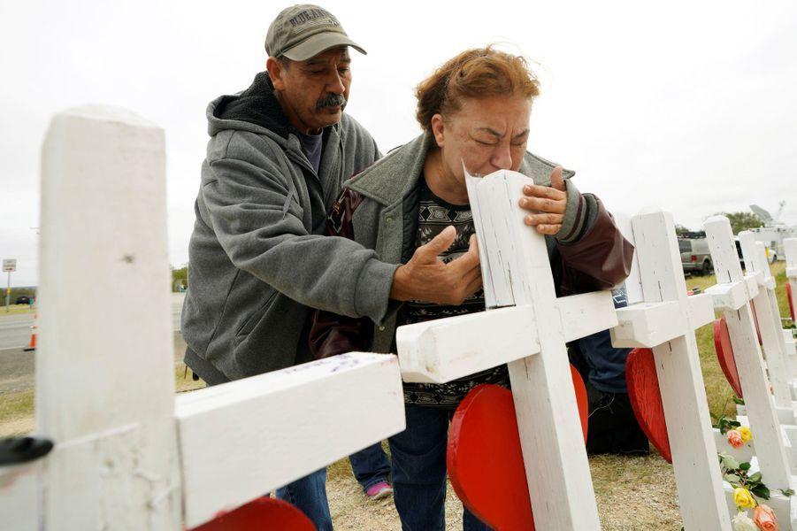 Cinq jours après le massacre de Sutherland Springs, la douleur est toujours aussi forte.