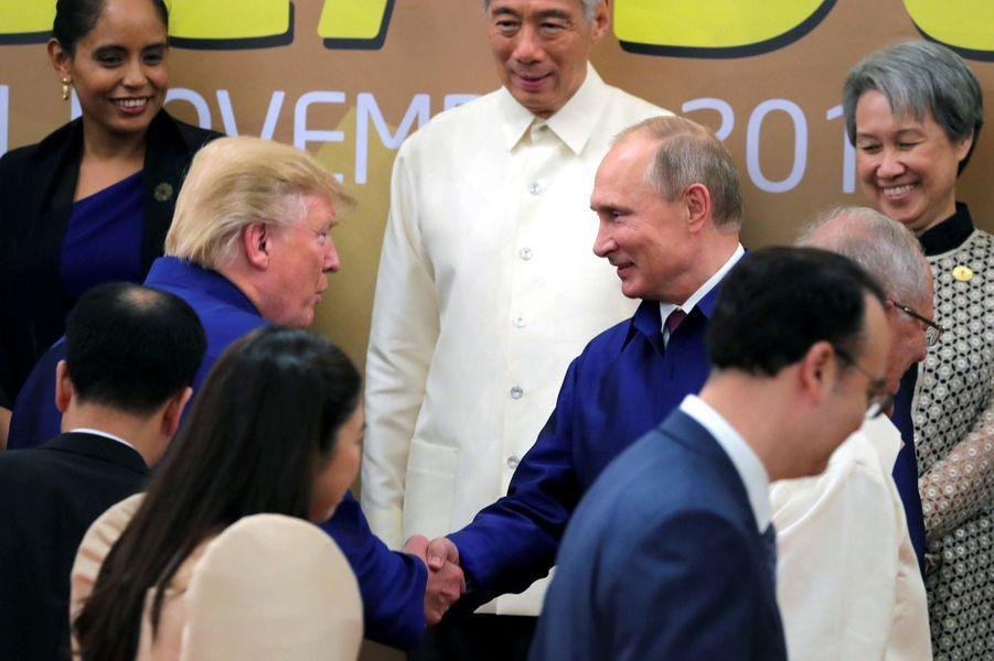 Eradiquer DAESH ... - Page 16 Donald-Trump-Vladimir-Poutine-7